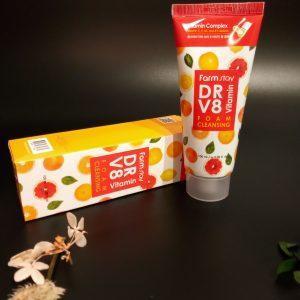 Pianka do mycia twarzy FarmStay DR-V8 Vitamin Foam Cleansing 1