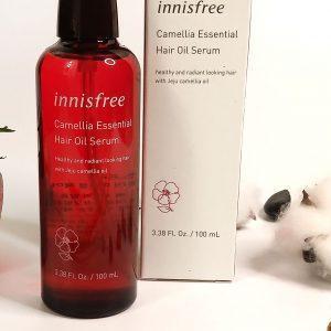 Niezmywalny Serum do włosów zniszczonych na bazie olejku z kamelii Innisfree Camellia Essential Hair Oil Serum 2