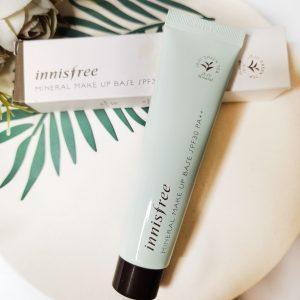 Mineralna baza korekcyjna pod makijaż Innisfree Mineral Make Up Base Vanilla Green SPF30 2