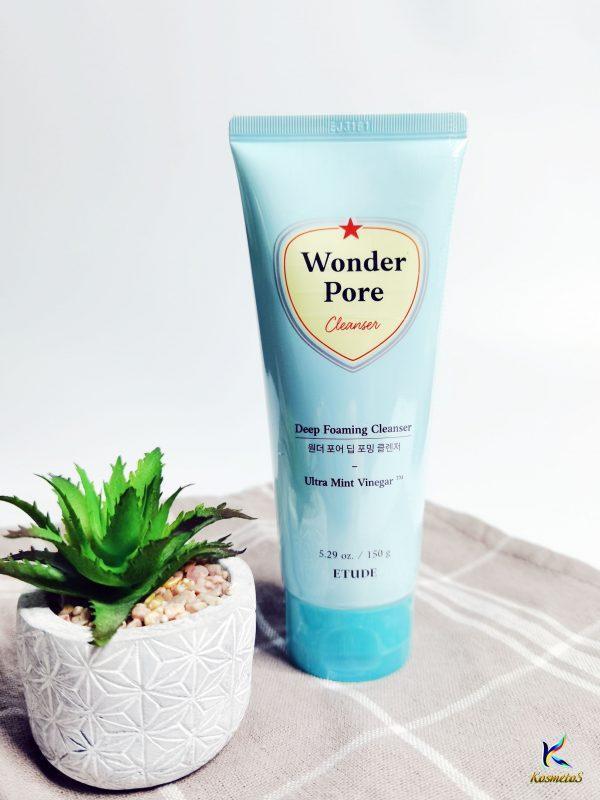 Pianka oczyszczająca do skóry problematycznej Etude House Wonder Pore Deep Foaming Cleanser 2
