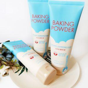 Etude House Baking Powder BB Pianka głęboko oczyszczająca pianka 1