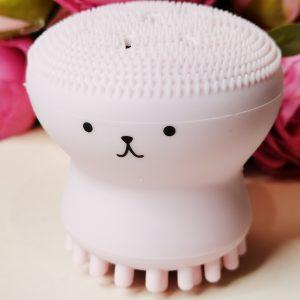 Szczotka z silikonowymi elementami do czyszczenia porów i masażu twarzy Etude House My Beauty Tool Exfoliating Jellyfish Silicon Brush 1