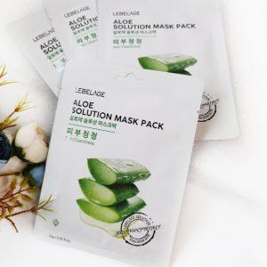 Nawilżająca maseczka z ekstraktem z aloesu Lebelage Aloe Solution Mask 1