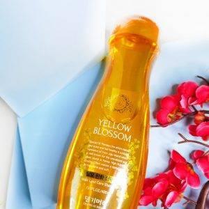 Szampon przeciw wypadaniu włosów Daeng Gi Meo Ri Yellow Blossom Anti-Hair Loss Shampoo 1