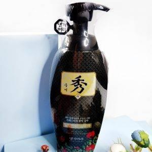 Szampon przeciw wypadaniu włosów z olejem kameliowym Daeng Gi Meo Ri Dlae Soo Anti-Hair Loss Shampoo 1