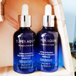 Serum nawilżające z 10 rodzajami kwasu hialuronowego Missha Super Aqua Ultra Hyalron Oil-Free Hydrating Ampoule 1